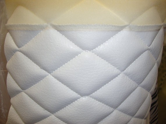 White Quilted Vinyl Fabric With 3 8 Quot Foam Backing